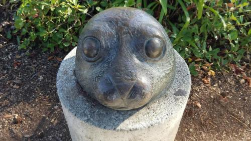 seal sculpture